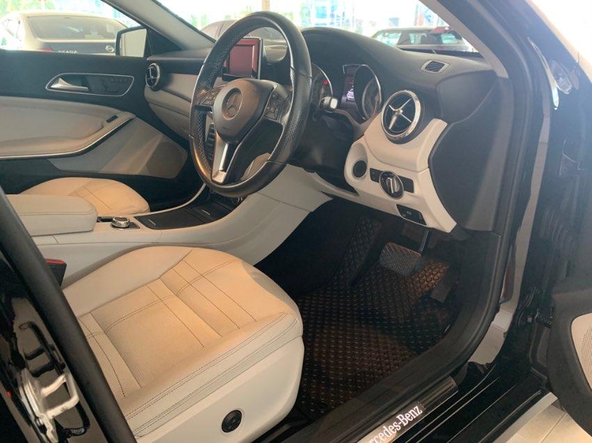 Mercedes GLA 200 Urban