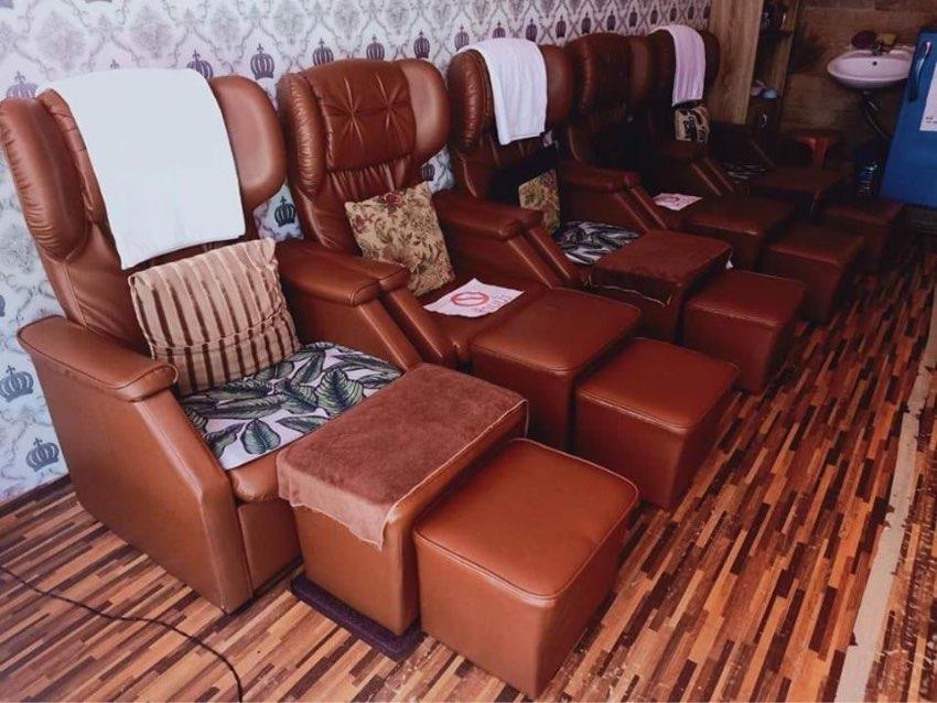 Lease a massage shop business, 4-storey commercial building