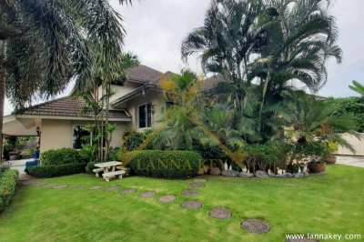 Modern 2- Storeys Western Style House for Sale !