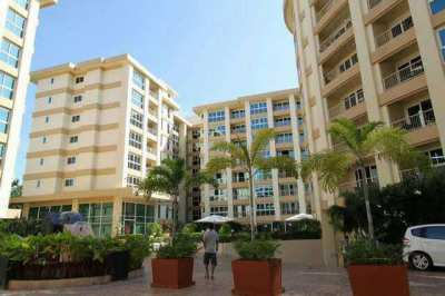City Garden Condominium for rent at Central Pattaya. Good location!