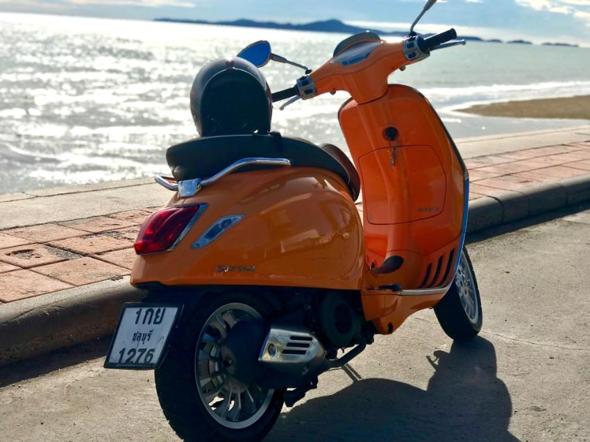 2015 vespa sprint 125 3v ie Orange for Sale