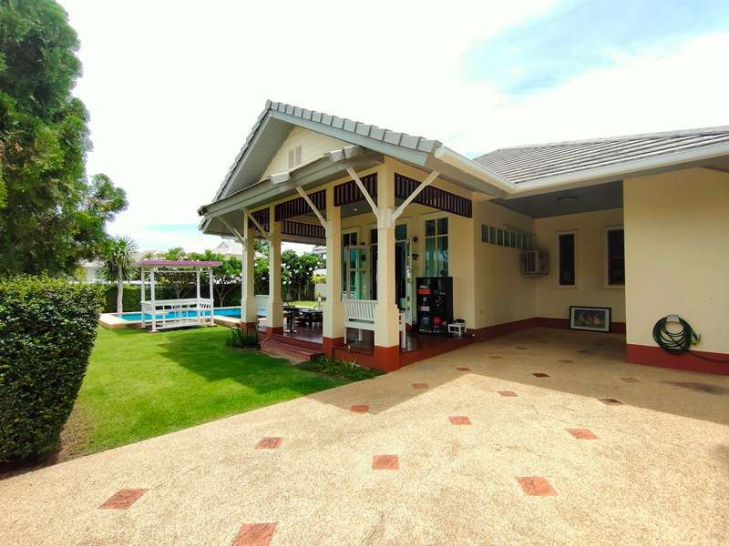 Fully Furnished Ready to Move In 2 BR 2 Bath Pool Villa on Large Plot