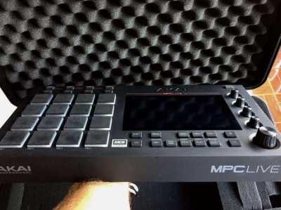 Akai MPC Live Sampling Workstation with BlackBox Hard Flight Case