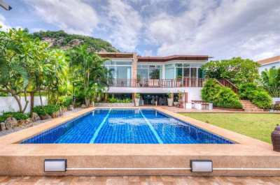 Lake view pool villa near beach for sale