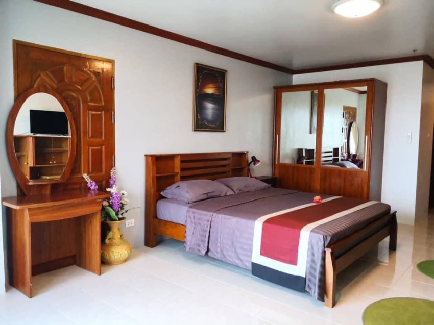 Studio Room For Rent in View Talay Condo