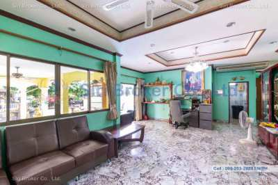 Pattaya Double Lot and Home for sale Excellent Deal