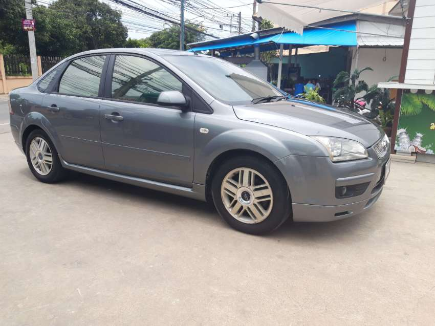 Ford Focus GHIA 1.8 automatic