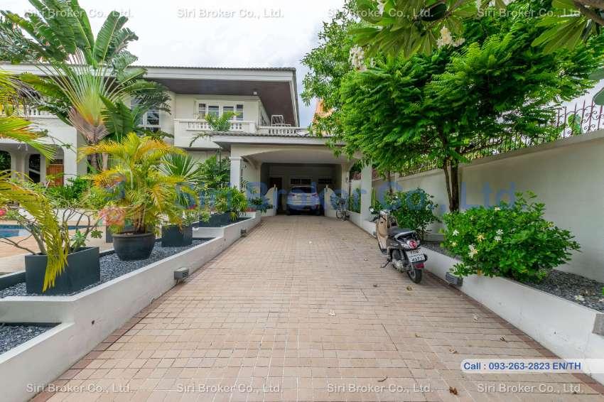 Prestigious Mansion in Rangsit area! Quality You will Appreciate!