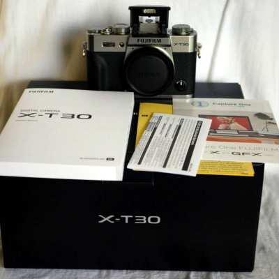 Fuji Fujifilm X-T30 Black Silver Body in Box 26.1MP (4K, Wi-Fi, BT)