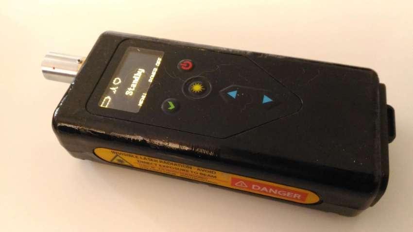 DeltaNu Raman Spectrometer