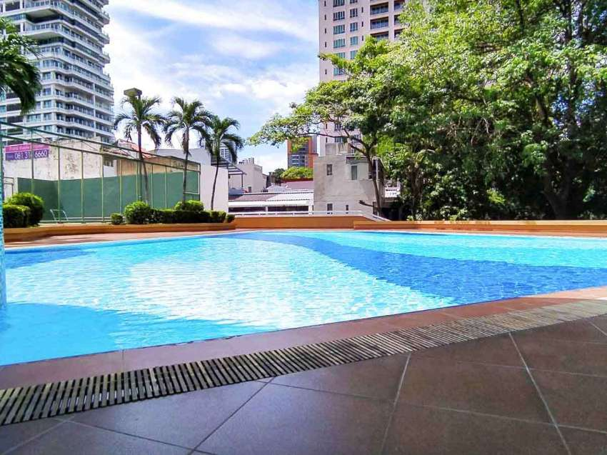 BIG 3 Bed Condo for rent Phrom Phong MASSIVE Terrace