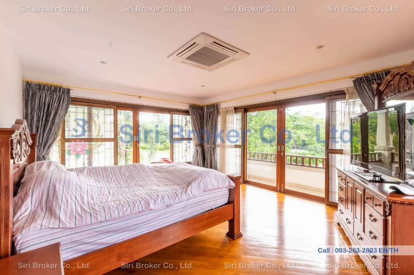Exclusive Beautiful Golf Course House for Sale