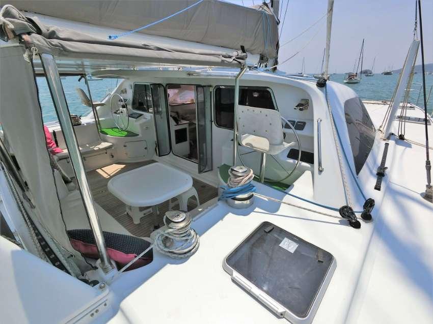 2002 – Custom 52  – Sailing Catamaran