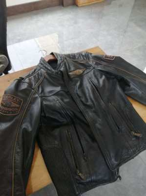 Harley leather jacket, gloves and BELL half cup helmets