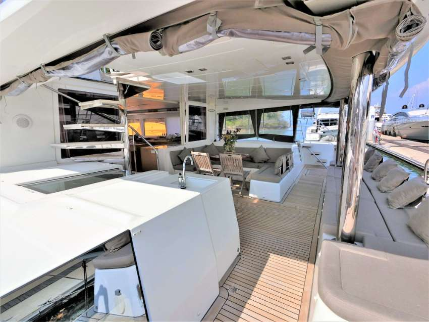 2012 – Lagoon 560 – Sailing Catamaran