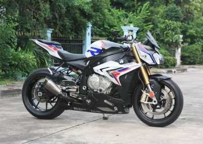 [ For Sale ] BMW S1000r HP Edition 2016 Full option showroom condition