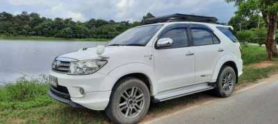 For Sale Toyota Fortuner Sportivo 3.0 G Diesel 4WD Automatic
