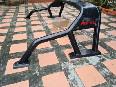 Original roll bar Toyota Revo