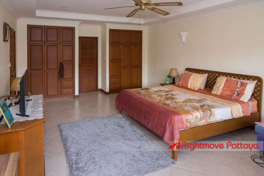 View Talay Residence 1 - With Long Term Tenant