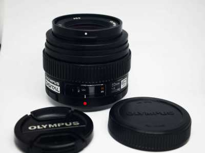 Olympus Zuiko Digital ED 50mm F/2 Macro Lens for Four Thirds