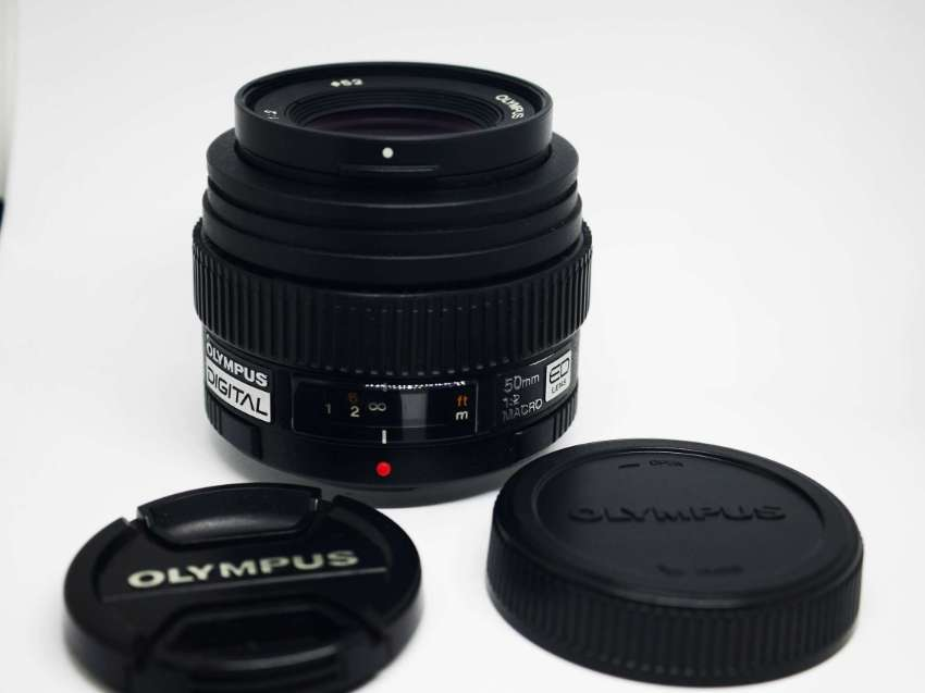 Olympus Zuiko Digital ED 50mm F/2 Macro Lens for Four Thirds