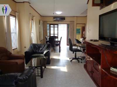Two storeys Townhouse for Rent. 14,000 Baht Sukhumvit Central  Pattaya
