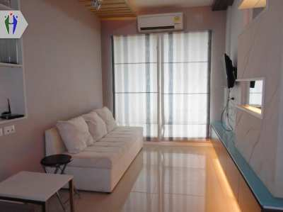 Condo for Rent Next to Jomtien Beach 8,000 baht Pattaya