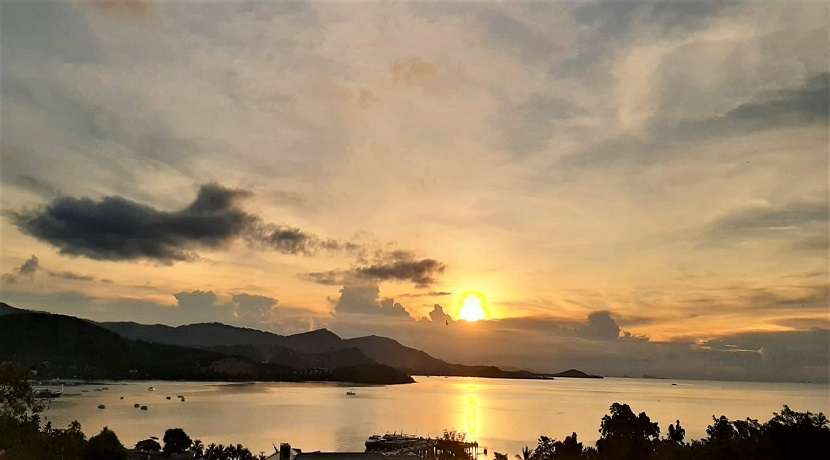 For sale sea view land and sunset in Bangrak Koh Samui - 1600 sqm