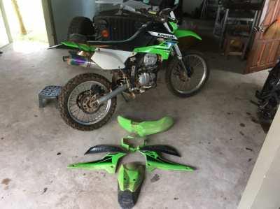 Green plastic fender Kit for Kawasaki 250KLX