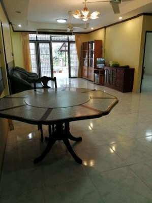 One story house for rent 3 bedrooms at North Pattaya - Naklau road.