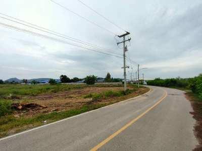 Bargain Priced 11 Rai Perfect For Home Development Near Black Mt. Golf