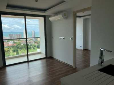 1 Bedroom Condo with Uninterrupted Sea View