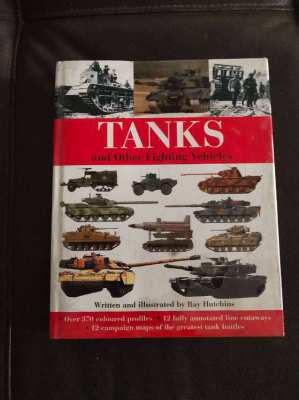 Tanks & Other Fighting Vehicles - Reference Book