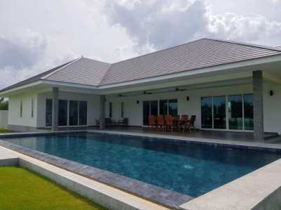 Baan Sukhawadi-Eco Friendly Luxury Pool Villa- Huge Land Plot.Pranburi