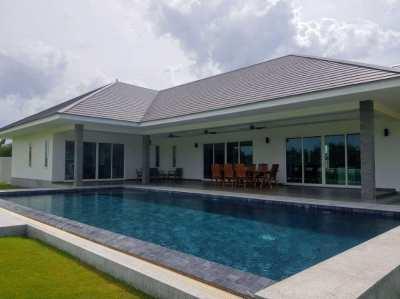 Baan Sukhawadi-Eco Friendly Luxury Pool Villa- Huge Land Plot.Pranburi