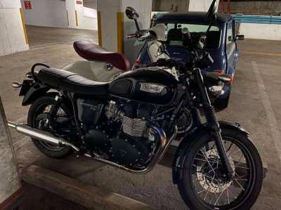 Triumph Bonneville T100 (2015)