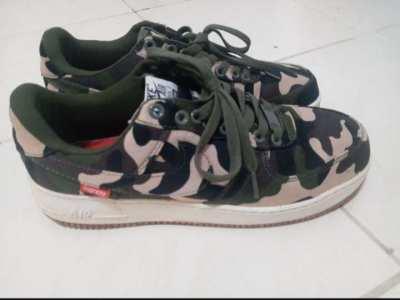 Nike Air Force 1 Supreme (Men)