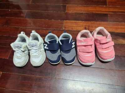 Children shoe, NEW BALANCE and OSHKOSH