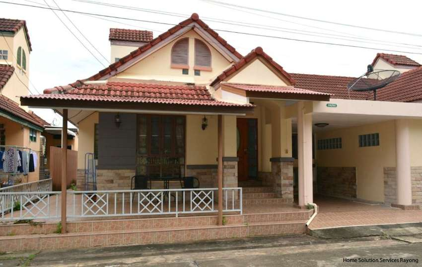 2 bedroom house with attractive price close to Suan Son beach