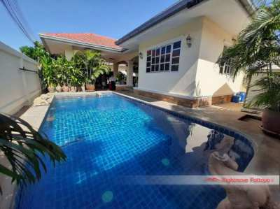 5 Bed Pool Villa beachside Jomtien