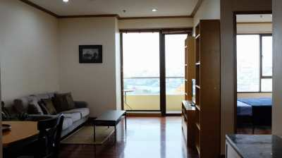 Beautiful 1 BR apartment with river view, Baan Chao Praya