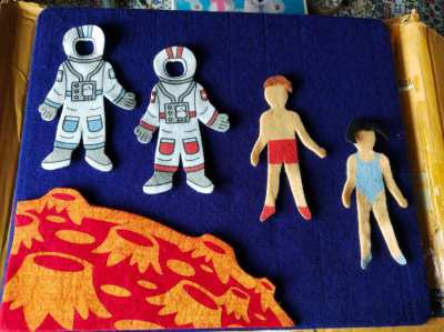 Felt Board With Astronauts
