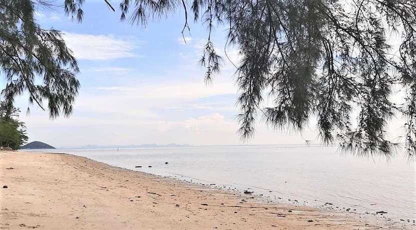 For sale beachfront land in Lipa Noi Koh Samui