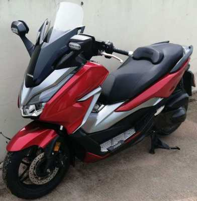 11/2019 Honda Forza 300 4.xxx km 129.900 ฿ Finance by shop