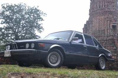 รถ classic BMW serie 5 E12 v2 เครื่อง m60 6 สูบ เดิมๆ เป็นตัวแรกของserie 5