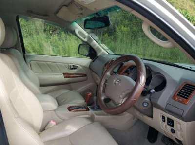 Toyota Fortuner 3.0 V AT 4WD 2007