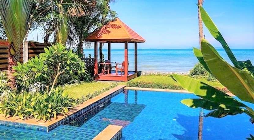 For sale 5 bedroom beachfront villa in Lipa Noi Koh Samui