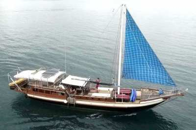 65 foot Traditional Wooden Indonesian Yacht Thai Licence 20 pax 3 crew