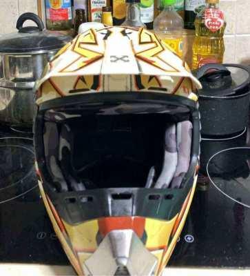 Sparx motocross helmet