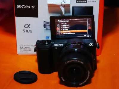 New Sony A5100 24.3MP Wi-Fi NFC Black Body in box